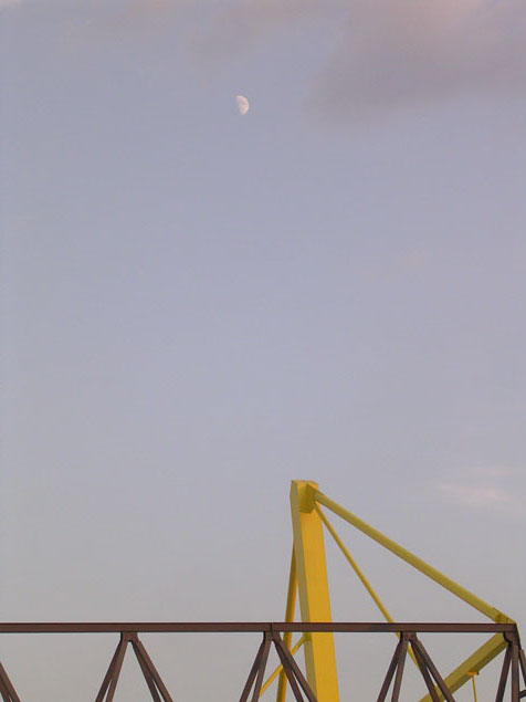 moon_over_dortmund.jpg