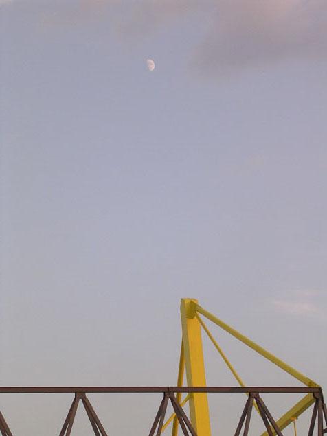moon_over_dortmund.jpg